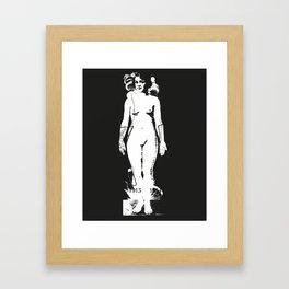 Habille-moi Framed Art Print