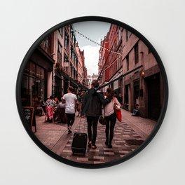 Travel w me - LG Wall Clock