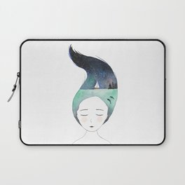Dreaming about traveling the world Laptop Sleeve