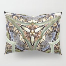 Magnified No 1 Pillow Sham