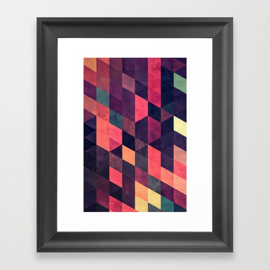 syngwwn syre Framed Art Print