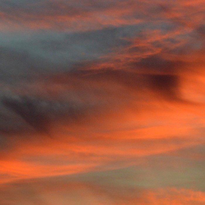 The sky is on fire Leggings