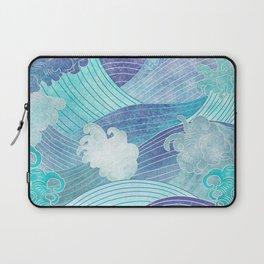 Blue ocean waves Laptop Sleeve