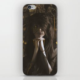 The queen Gold iPhone Skin