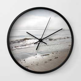 Broughty Ferry beach 5 Wall Clock