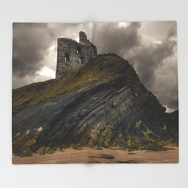 Forgotten castle in western Ireland Throw Blanket