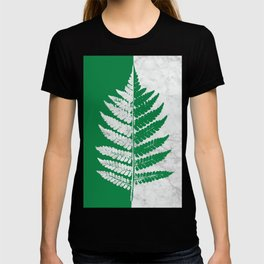 Natural Outlines - Fern Green & White Marble #689 T-shirt