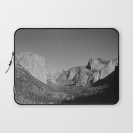 Yosemite tunnel view Laptop Sleeve