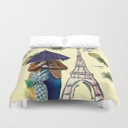 When it rains in Paris Duvet Cover