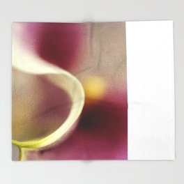 Calla Lily AbstractI Throw Blanket
