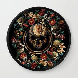 SIMONETTA IANVENSIS VESPVCCIA Wall Clock
