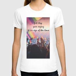 Harry Styles - rainbow flag T-shirt