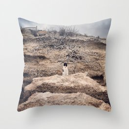 Serie #uneviedechien // 14/20 Throw Pillow