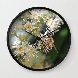 be(e) happy 2 Wall Clock