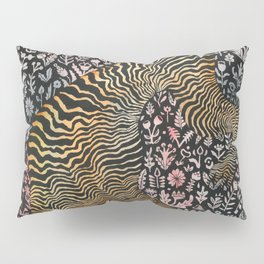 Headless tiger Pillow Sham