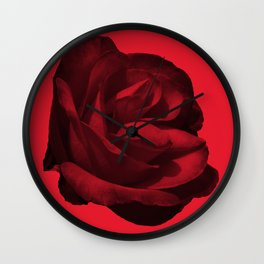 rose rouge 5 Wall Clock