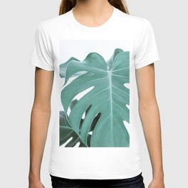Monstera Minimalist #2 T-shirt