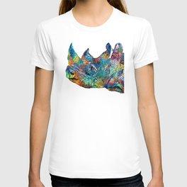 Rhino Rhinoceros Art - Looking Up - By Sharon Cummings T-shirt