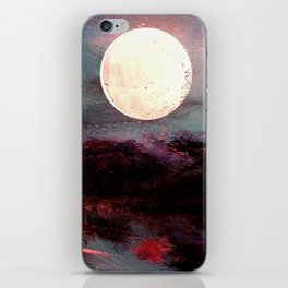 Tonight, I Am Dreaming That We Can Sleep Under The Same Moon. iPhone Skin