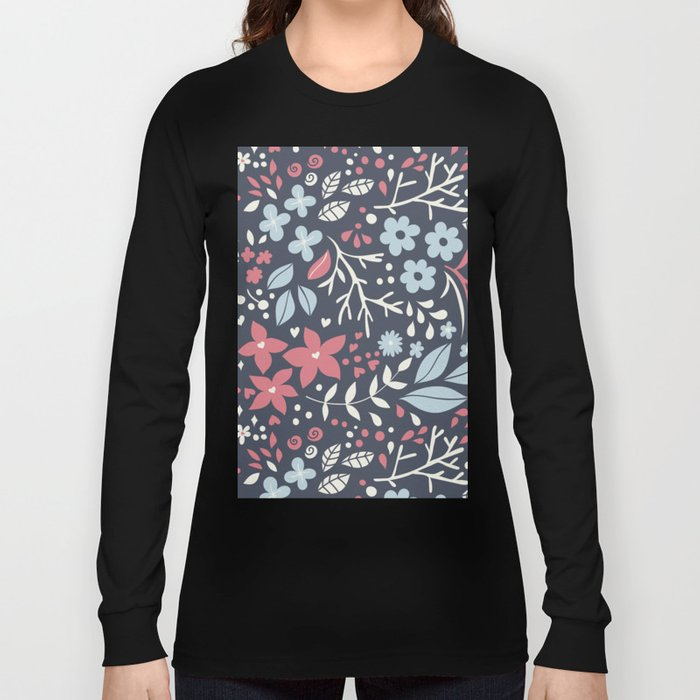 Floral pattern with doodles of flowers and leaves Long Sleeve T-shirt