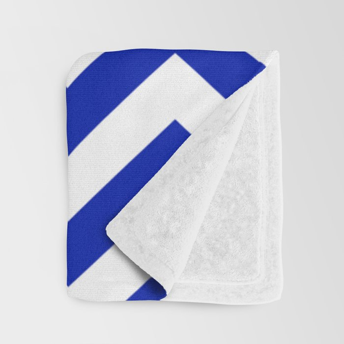 Blue (Pantone) - blue color - Zigzag Chevron Pattern Throw Blanket