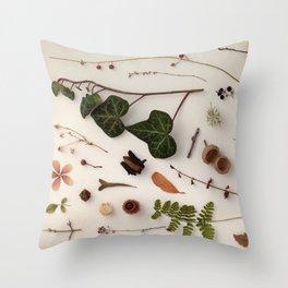 Botanic Party 03 Throw Pillow