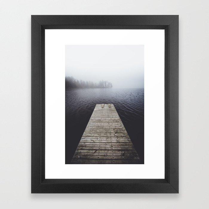 Fading into the mist Gerahmter Kunstdruck