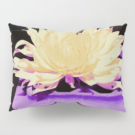 Lonesome Fower Pillow Sham