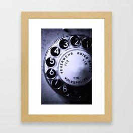 telefon Framed Art Print