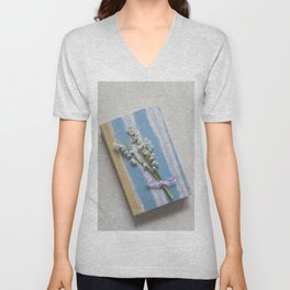 Romantic Book Unisex V-Neck