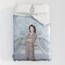 Alien (1979) movie poster - feat. Ellen Ripley Comforters
