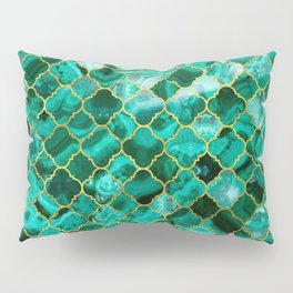 Quatrefoil Moroccan Pattern Green Malachite and gold Pillow Sham