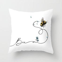 Bee oui! Throw Pillow