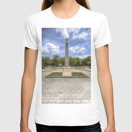 Soviet War Graves And Memorial Budapest T-shirt