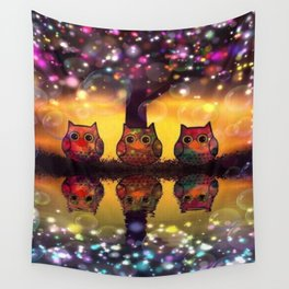 owl 126 Wall Tapestry
