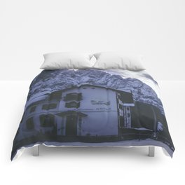 Montain sunset Comforters
