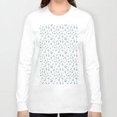 blue lily subtle pattern Long Sleeve T-shirt