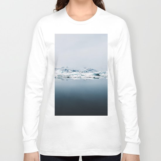 Ethereal Glacier Lagoon in Iceland - Landscape Photography Long Sleeve T-shirt