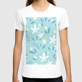 sea kiss floral blue summer flowers pattern T-shirt