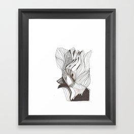 EL hombre pájaro Framed Art Print