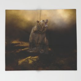 Roaring grizzly bear Throw Blanket