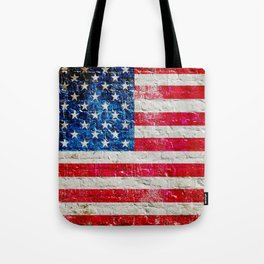 Distressed American Flag On Old Brick Wall - Horizontal Tote Bag