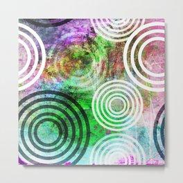 Grungy Green Circle Pattern Metal Print
