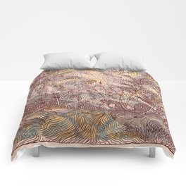 Trippin' to the forest Comforters