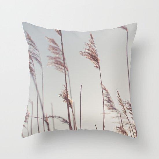 winter dies... Throw Pillow