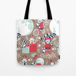 The cat who loves rainy nights // brown background Tote Bag