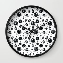 Halloween party patterns Wall Clock