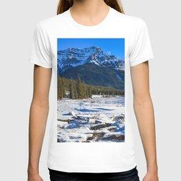 Mount Kerkeslin in Jasper National Park, Alberta T-shirt