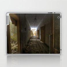 Hall of horror Laptop & iPad Skin