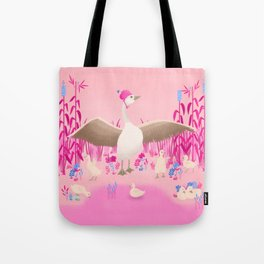 Mommy goose and her little goslings Tote Bag